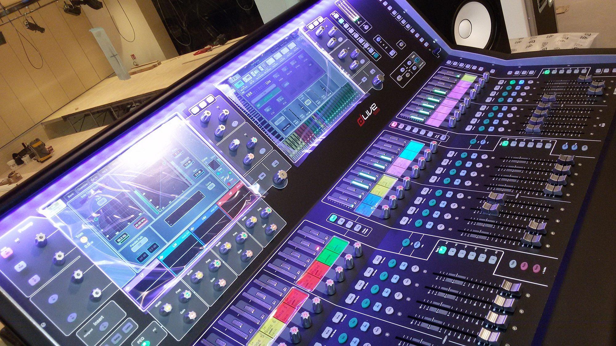 Mixer Allen&Heat DLive installato presso il Teatro Maggiore di Verbania