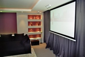Sala Home Cinema Polivalente